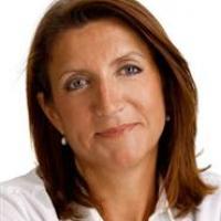 Britta Sjøholm - Traumeterapeut, Parterapeut, Stresscoach, Coach, Psykoterapeut MPF