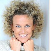 Camilla Clausen - Mentor, Coach, Mentaltræner, Kærlighedscoach, Business coach, Tankefeltterapeut