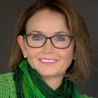 Ann-Brit Tangstad - MA, europeisk sertifisert psykoterapeut, Kroppsterapeut
