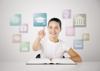 nyuddannet kvinde får hjælp til sine karriere og studie-valg gennem en coach hos GoMentor, så hun er klar, når hun endegyldigt træder ud i erhvervslivet