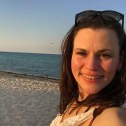Yvonne Mari Vallentine-West - Terapeut