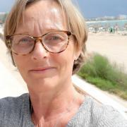 Line Vivian  Lyng - Traumeterapeut, Klinisk Sosionom, Psykoterapeut, Kroppsterapeut, Veileder, Specialised Master