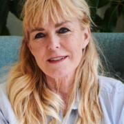 Bettina Østrand - Psykoterapeut MPF, Familieterapeut/-rådgiver, Mindfulness instruktør, Parterapeut, Søvnterapeut, Terapeut