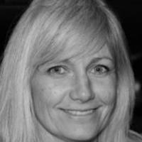 Christina Rosholm - Psykoterapeut MPF, Parterapeut, Familieterapeut/-rådgiver, Traumeterapeut